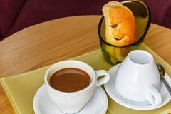 Tazas de café coloridas Imagen de archivo libre de regalías