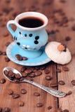 Tazas de café con la galleta Fotografía de archivo libre de regalías