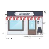 Tazas de café y granos de café frescos alrededor Fotos de archivo