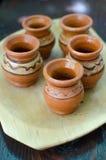 Tazas de cerámica foto de archivo