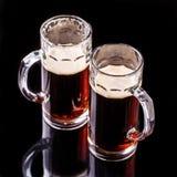 Tazas de cerveza, foto superior Fotos de archivo