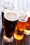 Tazas de cerveza frescas Imagen de archivo libre de regalías
