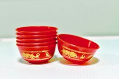 Tazas de té chinas para rogar la casa china del alcohol Fotografía de archivo libre de regalías