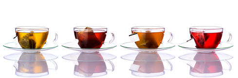 Tazas de té con los bolsos en collage fotografía de archivo libre de regalías