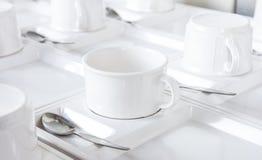 Tazas del café o de té para el fondo Imagenes de archivo