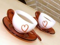 Tazas del corazón de café Foto de archivo libre de regalías