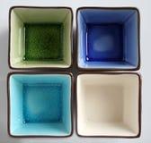 Tazas multicoloras imagen de archivo libre de regalías