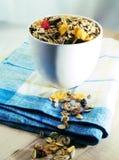 Tazón de fuente de cereales de desayuno Fotos de archivo libres de regalías