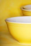 Tazones de fuente amarillos Fotografía de archivo libre de regalías