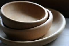 Tazones de fuente de madera imagen de archivo libre de regalías