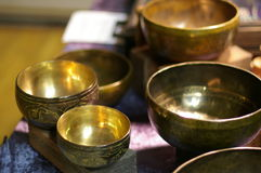 Tazones de fuente del canto del tibetano Fotografía de archivo
