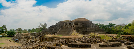 Tazumal玛雅废墟在萨尔瓦多,圣安娜 免版税图库摄影