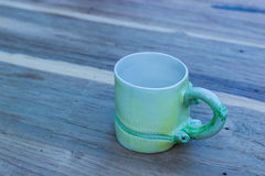 Tazza con tè sulla tavola Fotografie Stock