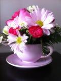 tazza da the del fiore Immagini Stock