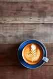 Tazza del caffè di arte del latte Fotografie Stock