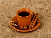 Tazza del primo piano di caffè espresso italiano Fotografie Stock