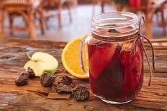 Tazza del tè organico della frutta del limone Immagine Stock Libera da Diritti