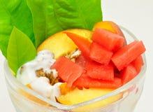 Tazza della frutta Fotografia Stock