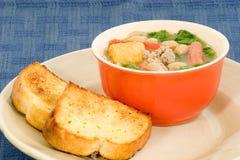 Tazza della zuppa di fagioli Fotografia Stock