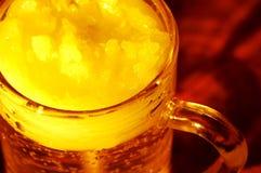 Tazza di birra fotografie stock