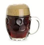 Tazza di birra scura Fotografia Stock
