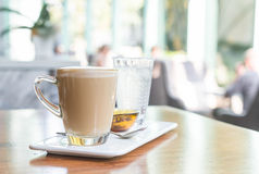 tazza di caffè calda del latte Fotografia Stock Libera da Diritti