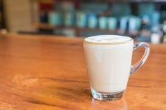 tazza di caffè calda del latte Fotografie Stock Libere da Diritti