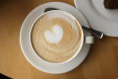 Tazza di caffè con cuore Fotografie Stock