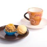 Tazza di caffè con le caramelle di cioccolato Immagine Stock Libera da Diritti
