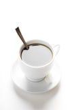 Tazza di caffè con le fette dello zucchero e del cucchiaino da tè Immagini Stock