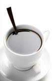 Tazza di caffè con le fette dello zucchero e del cucchiaino da tè Immagini Stock Libere da Diritti