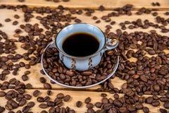 Tazza di caffè d'annata su una tavola di legno Immagini Stock Libere da Diritti