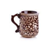 Tazza di caffè di Brown su fondo bianco con Fotografie Stock Libere da Diritti