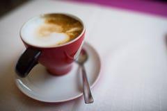 Tazza di caffè dof basso Fotografia Stock