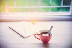 Tazza di caffè su legno Fotografia Stock Libera da Diritti