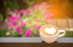 Tazza di caffè su legno Immagini Stock