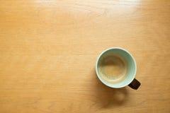 Tazza di caffè sulla tabella Immagini Stock Libere da Diritti