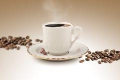 Tazza di caffè turco con il percorso di ritaglio Fotografie Stock Libere da Diritti
