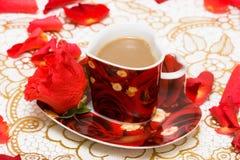 Tazza di caffè rossa Fotografia Stock
