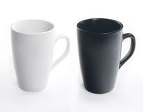 Tazza di ceramica bianca isolata su priorità bassa bianca Fotografie Stock Libere da Diritti