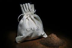 Tazza di Cofee del cofee e del grano di cofee Immagini Stock