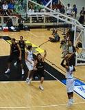 Tazza di FIBA Trentino: L'Italia contro il Canada Fotografia Stock