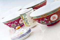 Tazza di tè e ciotole di minestra cinesi Fotografia Stock