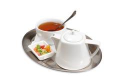 Tazza di tè su un piattino Immagine Stock