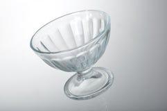 Tazza di vetro del dessert fotografie stock