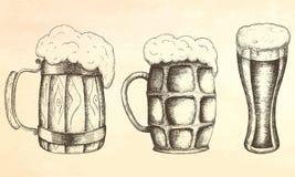 Tazza disegnata a mano di birra Immagini Stock Libere da Diritti