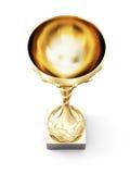 Tazza dorata isolata su fondo bianco Vista superiore 3d rendono il ima Immagini Stock Libere da Diritti
