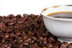 Tazza e grano di caffè Immagine Stock Libera da Diritti