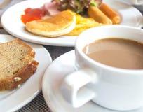Tazza e piattino di caffè Fotografie Stock Libere da Diritti