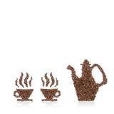 Tazza e vaso di caffè fatti dai fagioli Immagine Stock Libera da Diritti